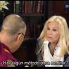 El Dalai Lama explica la meditación a Susana Giménez